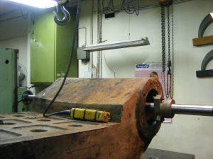 Wahadle - wykonanie wału oraz regeneracja gniazd łożyskowych